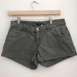 H&M Army Green Cargo Shorts size 6